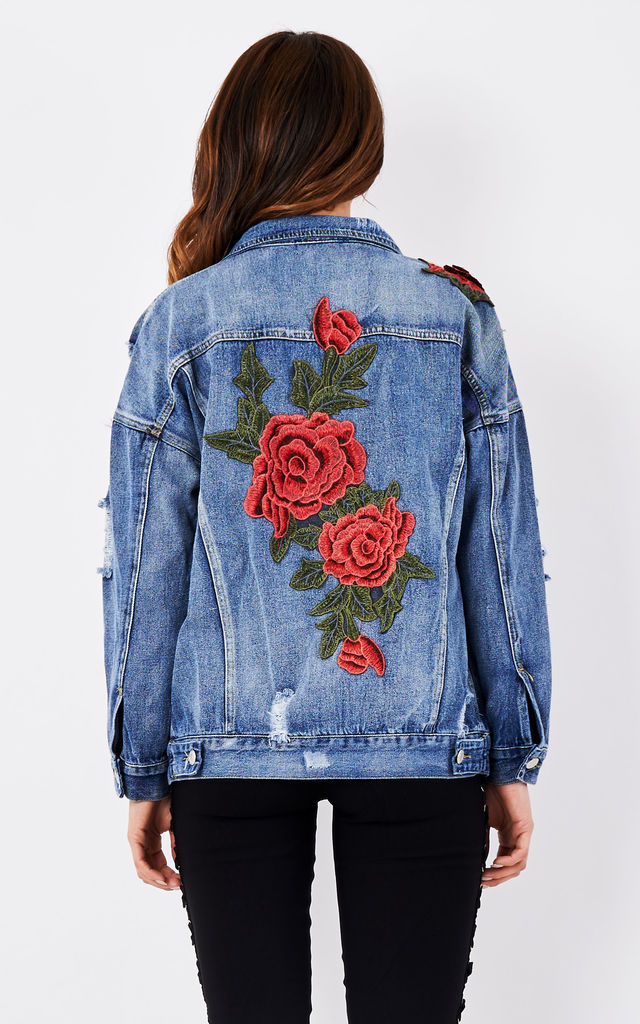 Oversized floral embroidered ripped boyfriend denim jacke