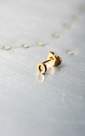Little Letter O Earring by Florence London Product photo