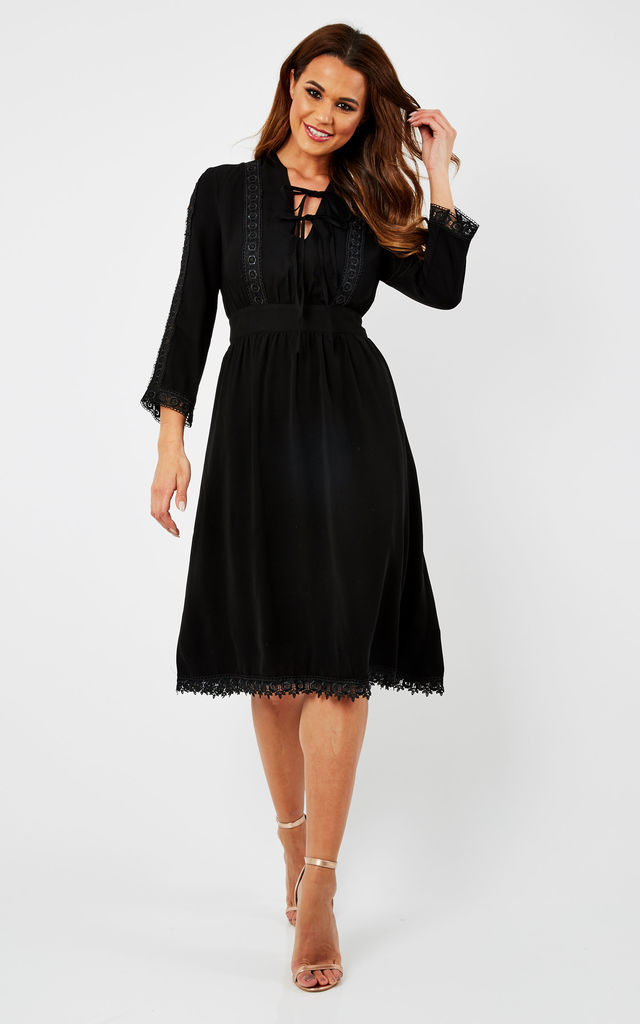Lace Detailed Midi Dress by URBAN TOUCH