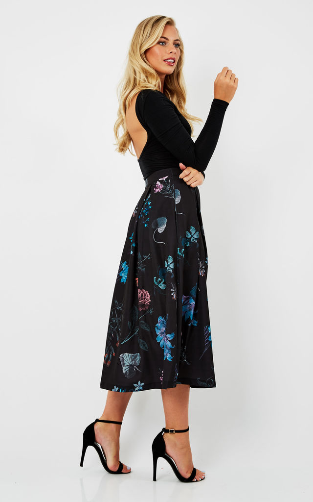 Floral Print Pleated Midi Skirt by URBAN TOUCH