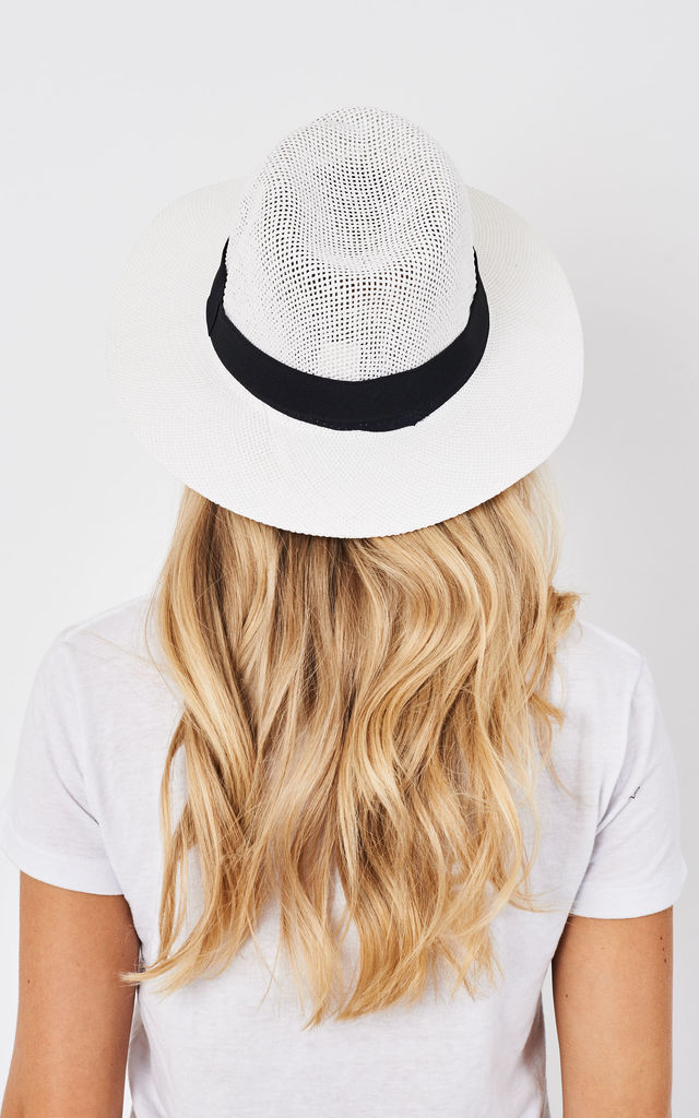 WHITE WOVEN BEACH HAT by Lilah Rose