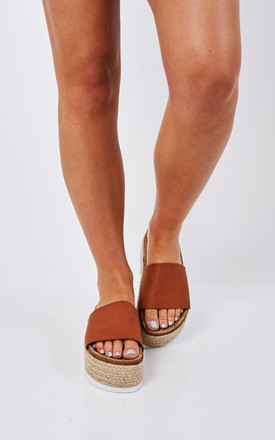 TAN CHUNKY SLIDER by Bella and Blue