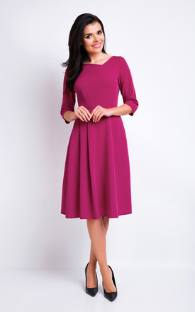 Deep Red V-neck Elegant Midi Dress With 3/4 Sleeves by AWAMA