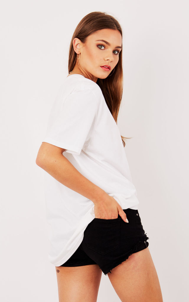 OVERSIZED BOYFRIEND TEE- WHITE by Cats got the Cream