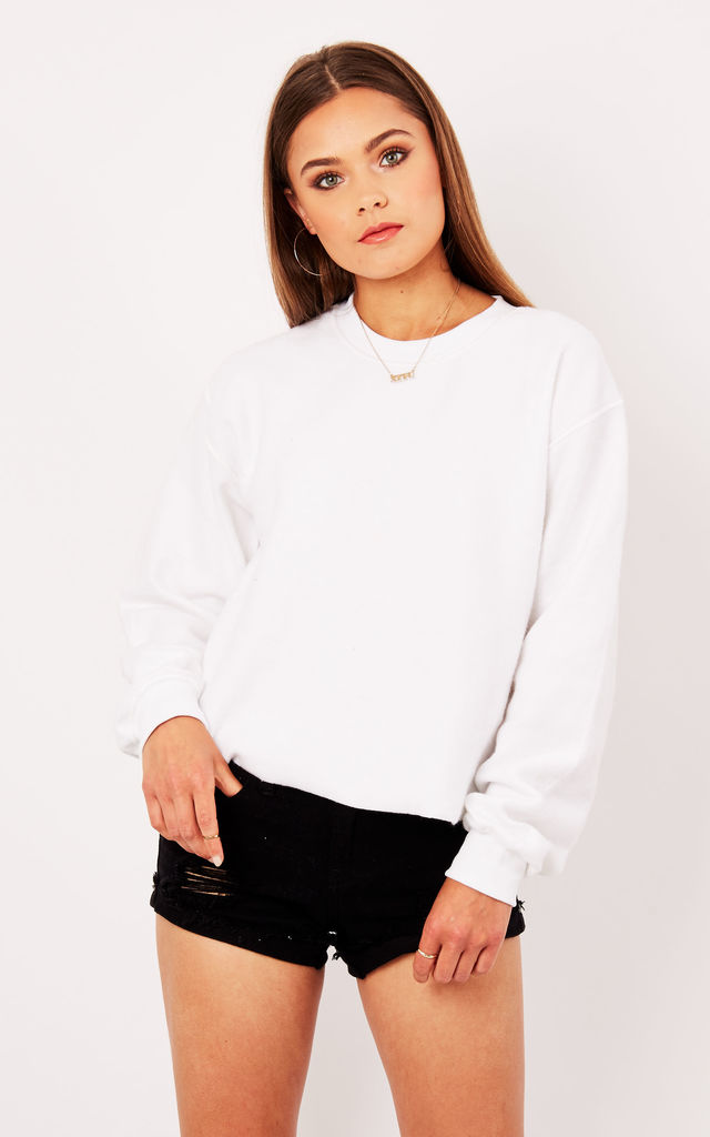 Cropped sweater- white by Pharaoh London