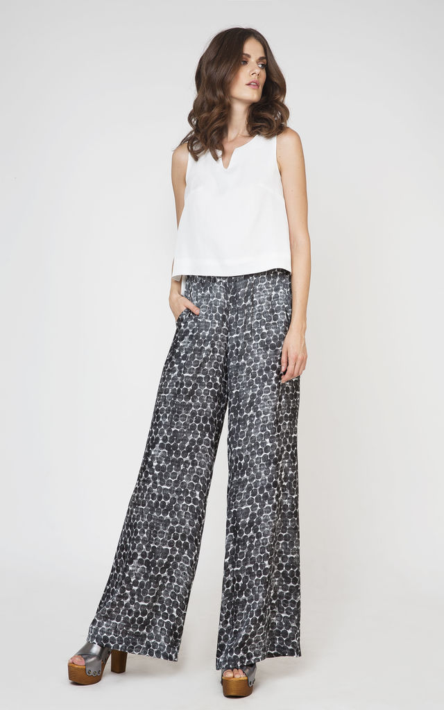 Wide Leg Trousers in Black/White Print by Conquista Fashion