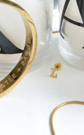 L 18ct Quintessential earring by Florence London