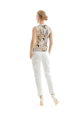 V Neck Sleeveless Top in Neutral Abstract Print by Conquista Fashion