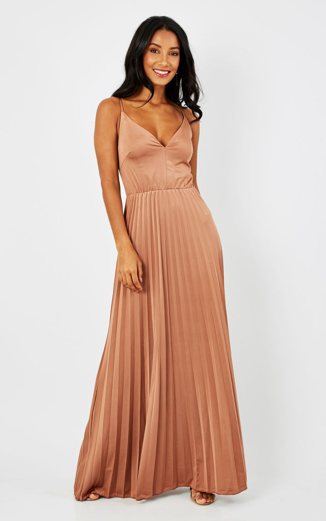 ROSE STRAPPY MAXI DRESS by True Decadence