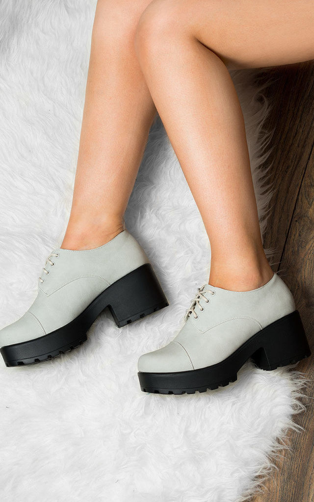 TIGER Lace Up Cleated Sole Block Heel Ankle Boots Shoes - Stone Leather Style by SpyLoveBuy