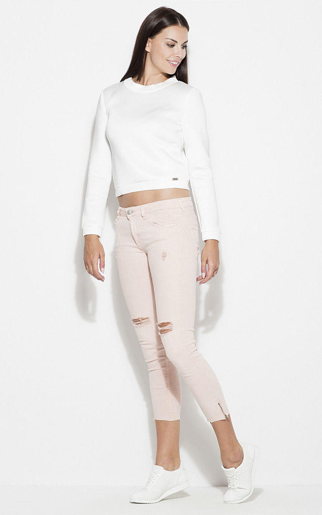 Cropped sweater in white by KATRUS