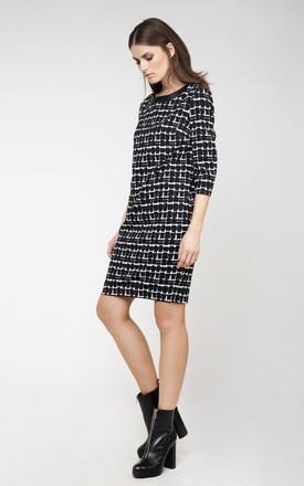 Black and White Sack Dress by Conquista Fashion