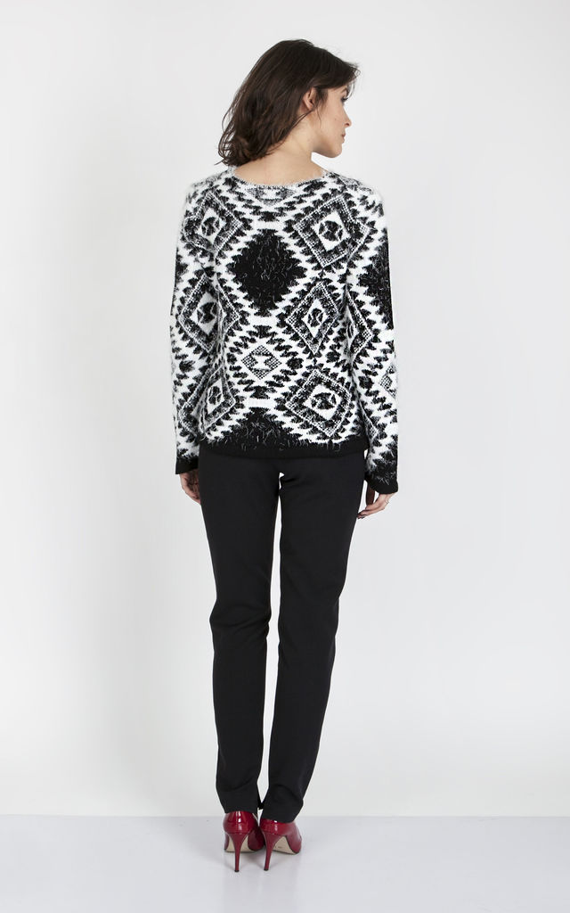 Sweater in ethnic patterns - white/black by MKM Knitwear Design