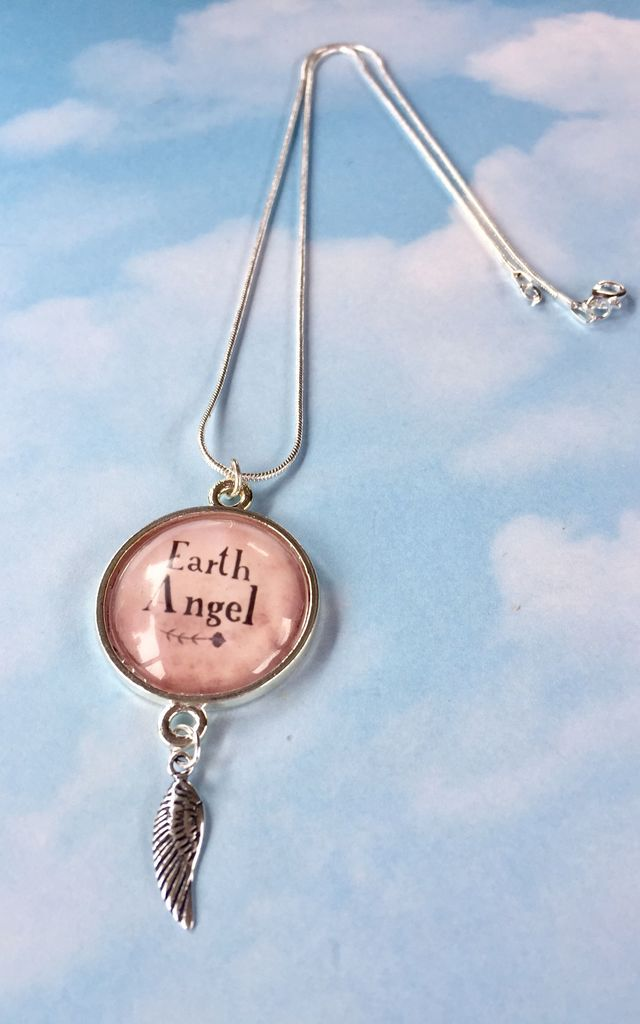 """Earth Angel"" slogan pendant necklace with wing charm in silver and pink by Soul Warriors"