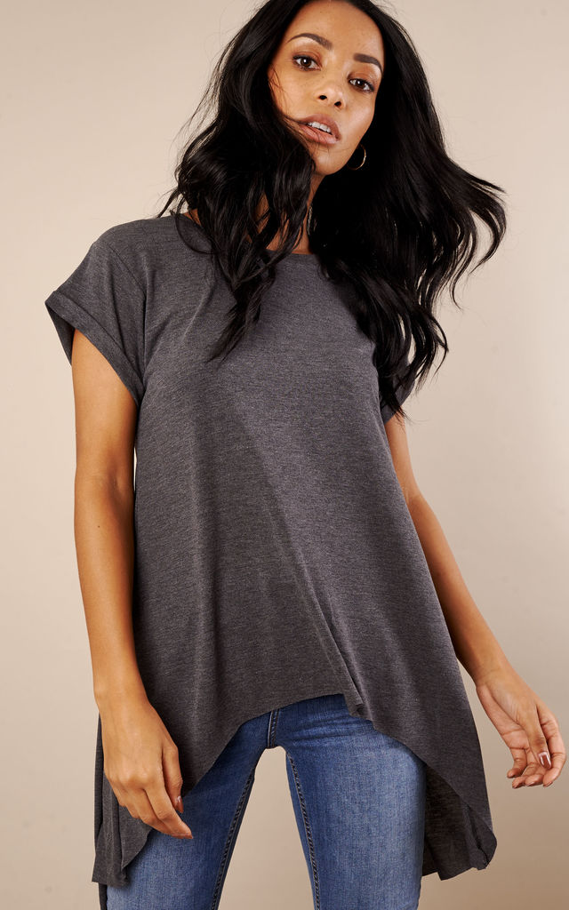 Charcoal Dip Hem Short Sleeve Top by Glamorous