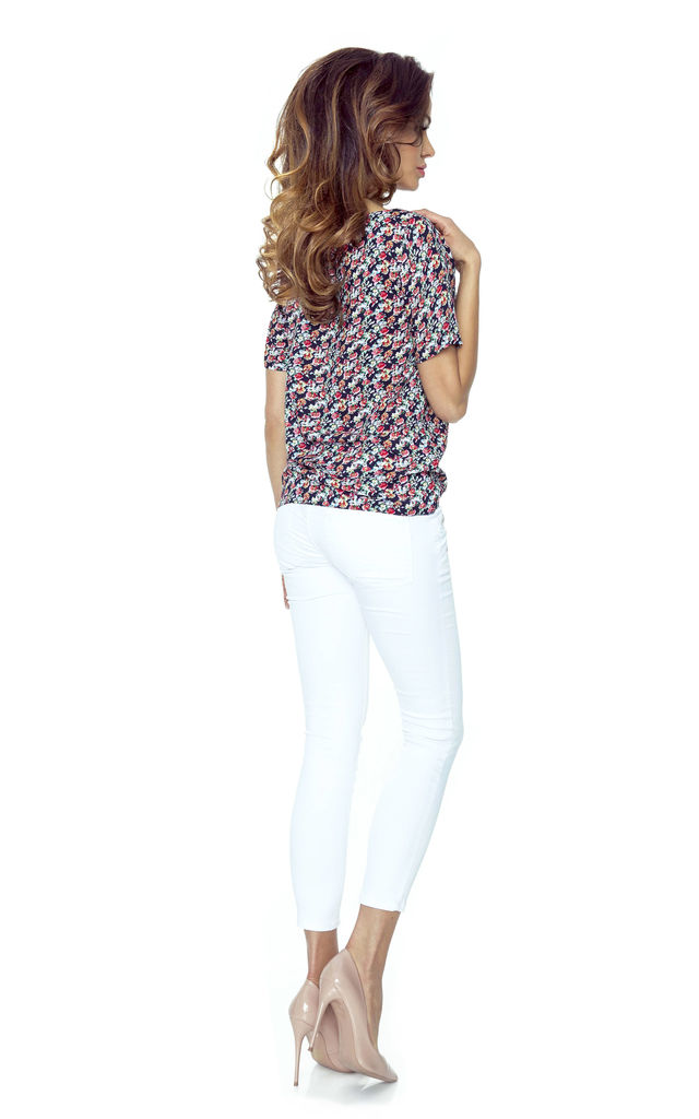 Floral 1/2 Sleeves Boat Neck Top by Bergamo