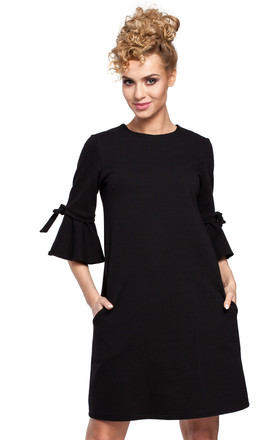 Black simple sweat knit A-line dress with frill sleeves by MOE