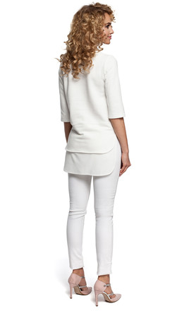 White Soft Knit And Airy Fabric In A Simple Cut Blouse With Short Sleeves by MOE