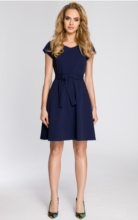 Navy blue fit mini dress tied in the waist with V-neck and short sleeves by MOE