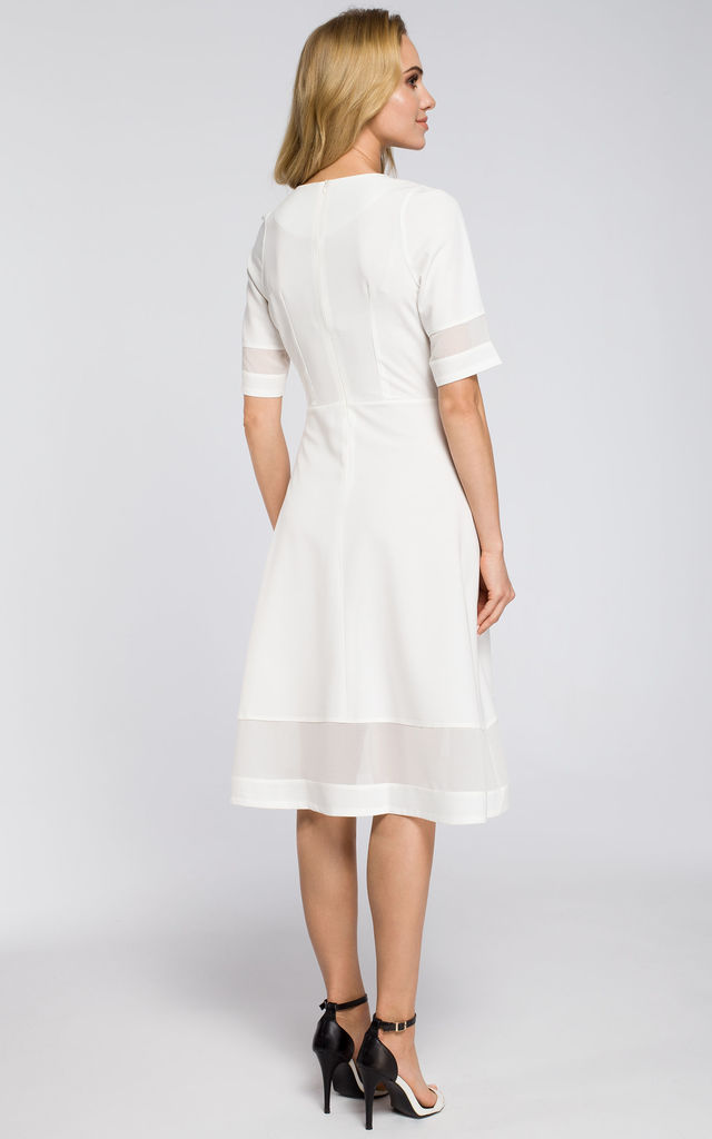 White fit and flare back zipped dress with chiffon panels by MOE