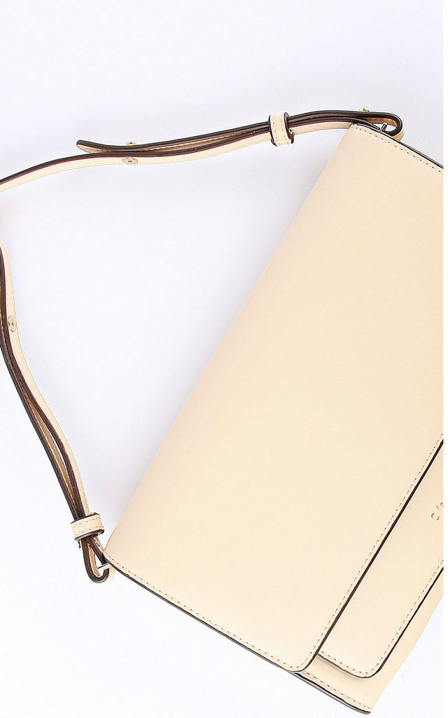 Misse Clutch in cream by C'est Beau Bags