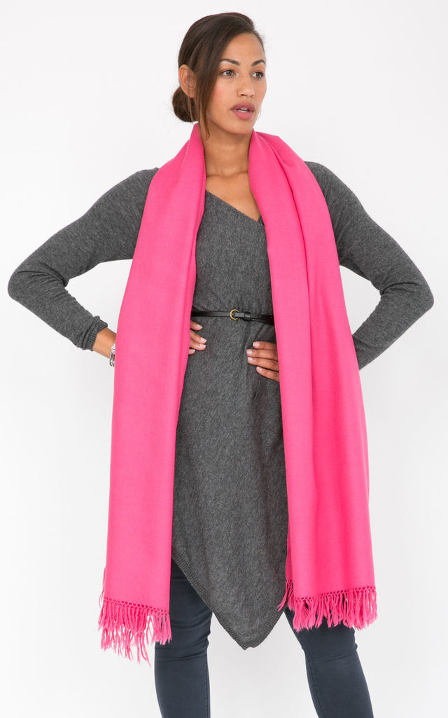Kasa Oversized Merino Wool Scarf in Pink by likemary