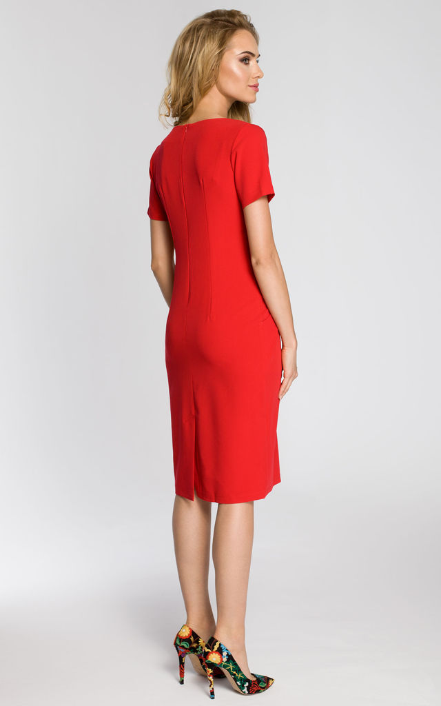 Red short-sleeved, draped dress with a deep neckline and side pockets by MOE