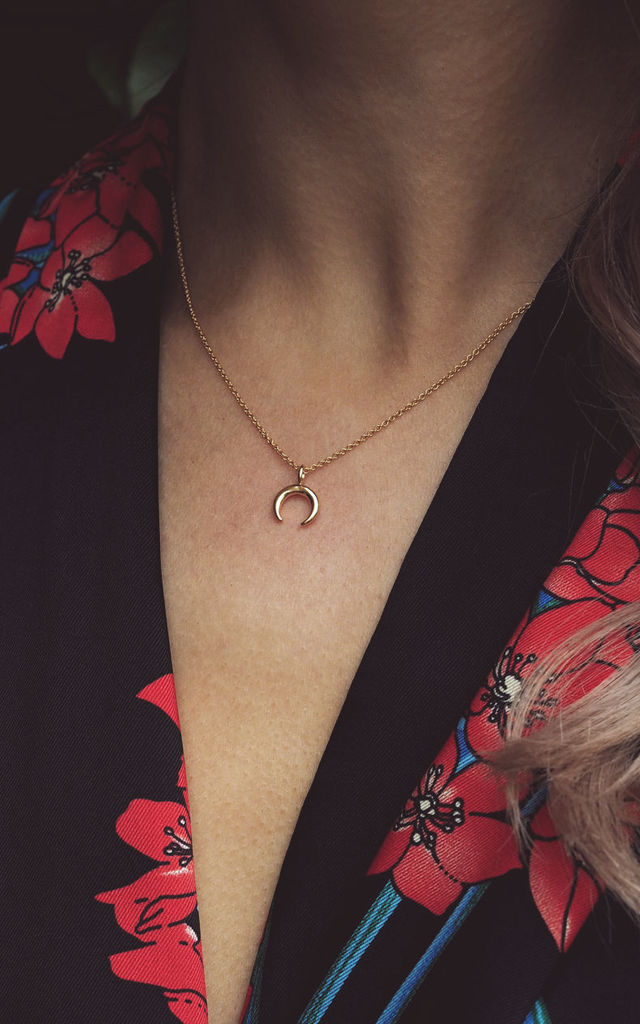 ASHA. Vermeil Tiny Horn Pendant Necklace by Aluna Mae