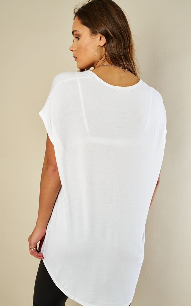 WHITE SHORT SLEEVE T-SHIRT by Lilah Rose