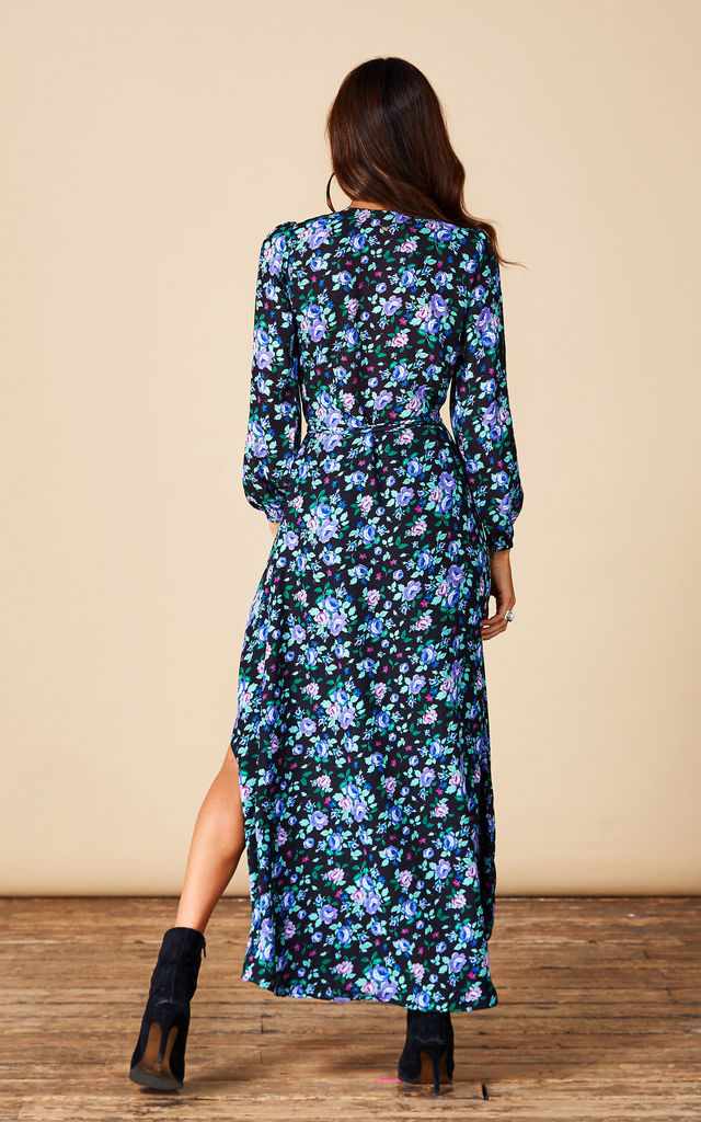 Jagger Maxi in Blue Rose Ditzy image