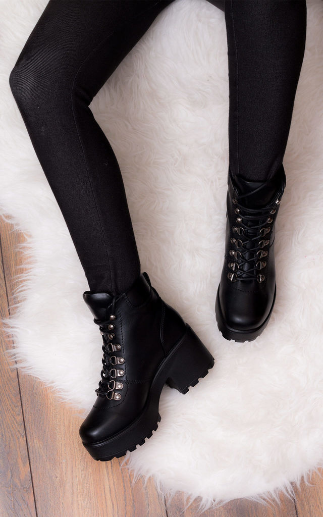 0a5cff66b6d8 Shotgun 3 Lace Up Block Heel Ankle Boots Shoes Black Leather Style