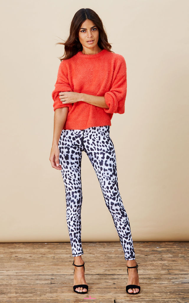 Alexa Leggings in Snow Leopard image