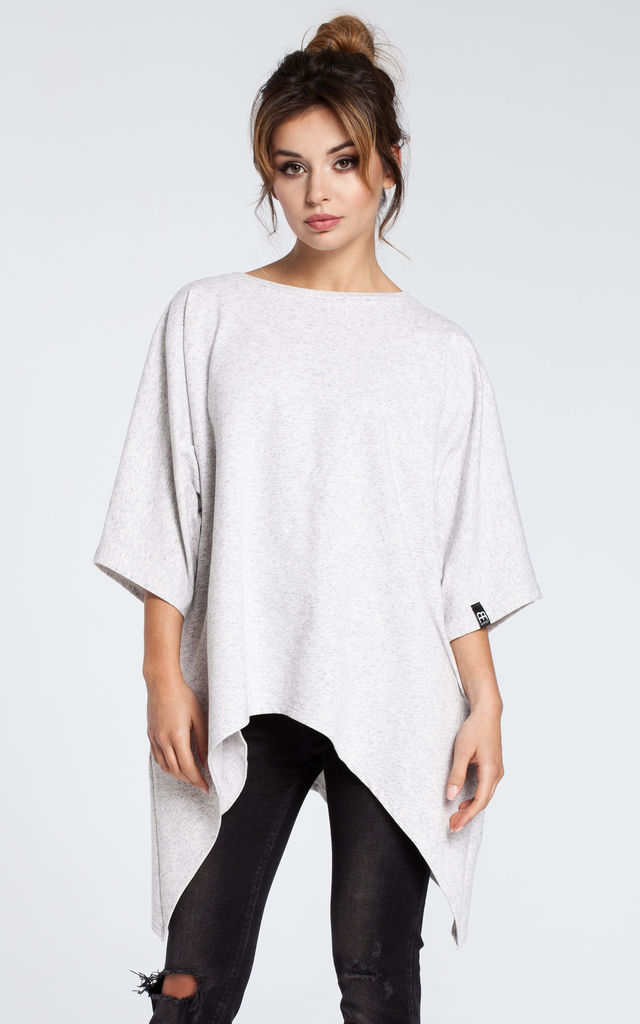 Stracciatella tunic with side pockets and kimono sleeves by MOE