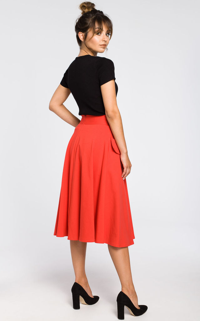 Red unique knit skirt with front pockets by MOE
