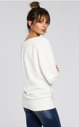 Oversized top in white by MOE