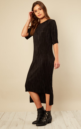 Black Pleated Step Hem T-shirt Dress by India Gray