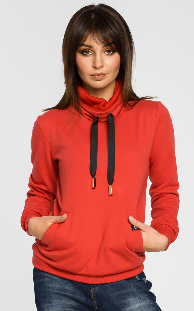 Red high collar sweatshirt by MOE