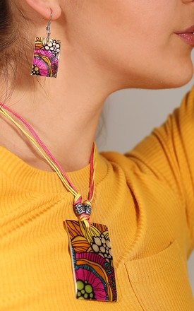 Abstract Printed Shell Necklace & Earrings Set by Emi Jewellery