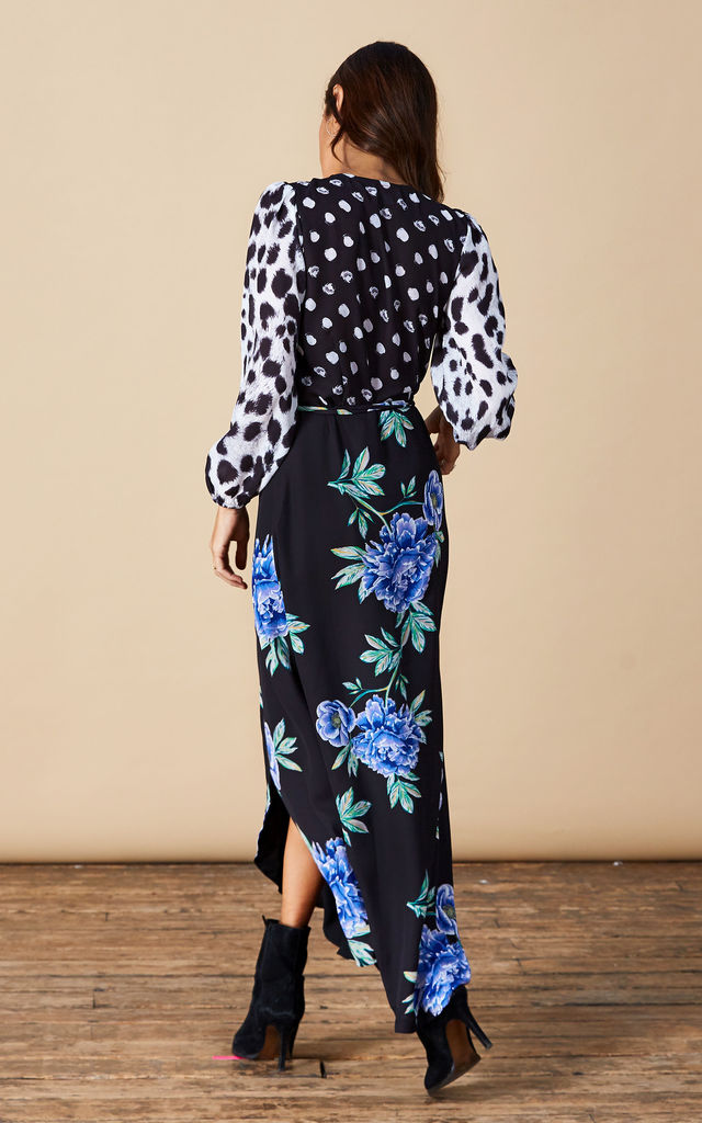 Jagger Maxi in Blue Peony Mix image