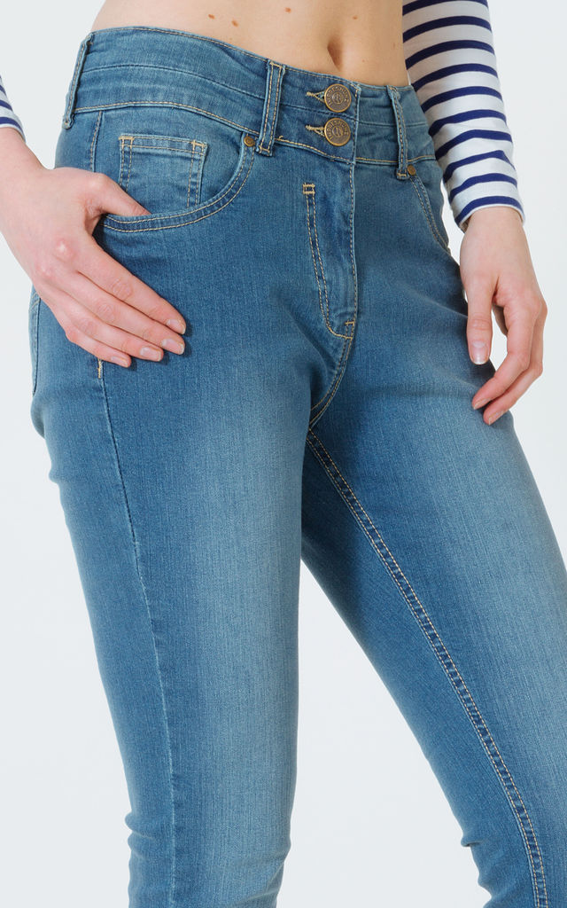 Madison Light Blue Faded Jeans by Impreshunz