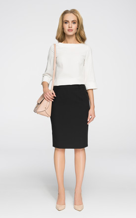 Black essential pencil skirt with side pockets and belt loops. Hidden back zip. Lined. by MOE