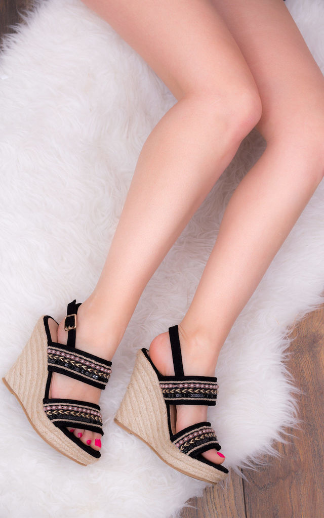 YADA YADA Adjustable Buckle Wedge Heel Sandals Shoes - Black Suede Style by SpyLoveBuy