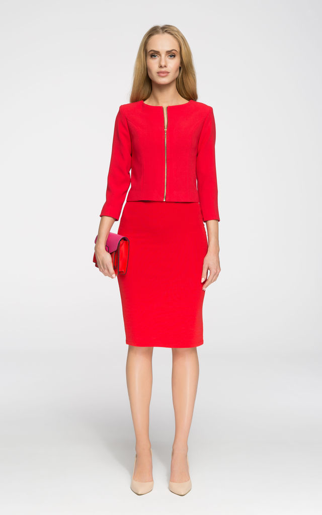 Red tailored cropped blazer by MOE