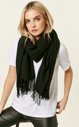 Black Long Scarf With Fringing by VM Product photo