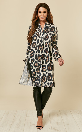 Leopard Print Long Shirt With Split by Love Product photo