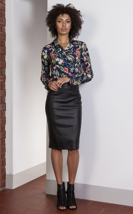 Eco-leather pencil skirt by Lanti