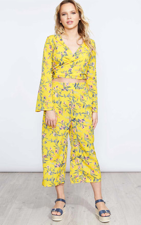 JAIONE – Yellow Flared Top & Culotte Set by Blue Vanilla