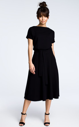 Black midi dress with loose-fitting top by MOE