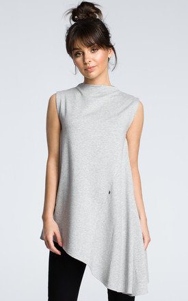 Grey Oversized Sleeveless Top With Asymmetric Hem by MOE Product photo