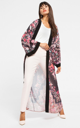 Black contrast floral kimono by Store WF